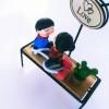 Ahşap Biblo Işıklı Bankta Oturan Sevgililer