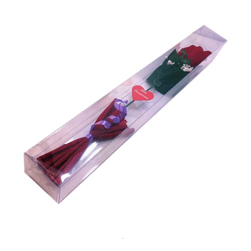 Sevgiliye Hediye Kutuda Kırmızı Gül