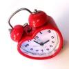 Kalp Şeklinde Kurmalı Nostaljik Çalar Saat